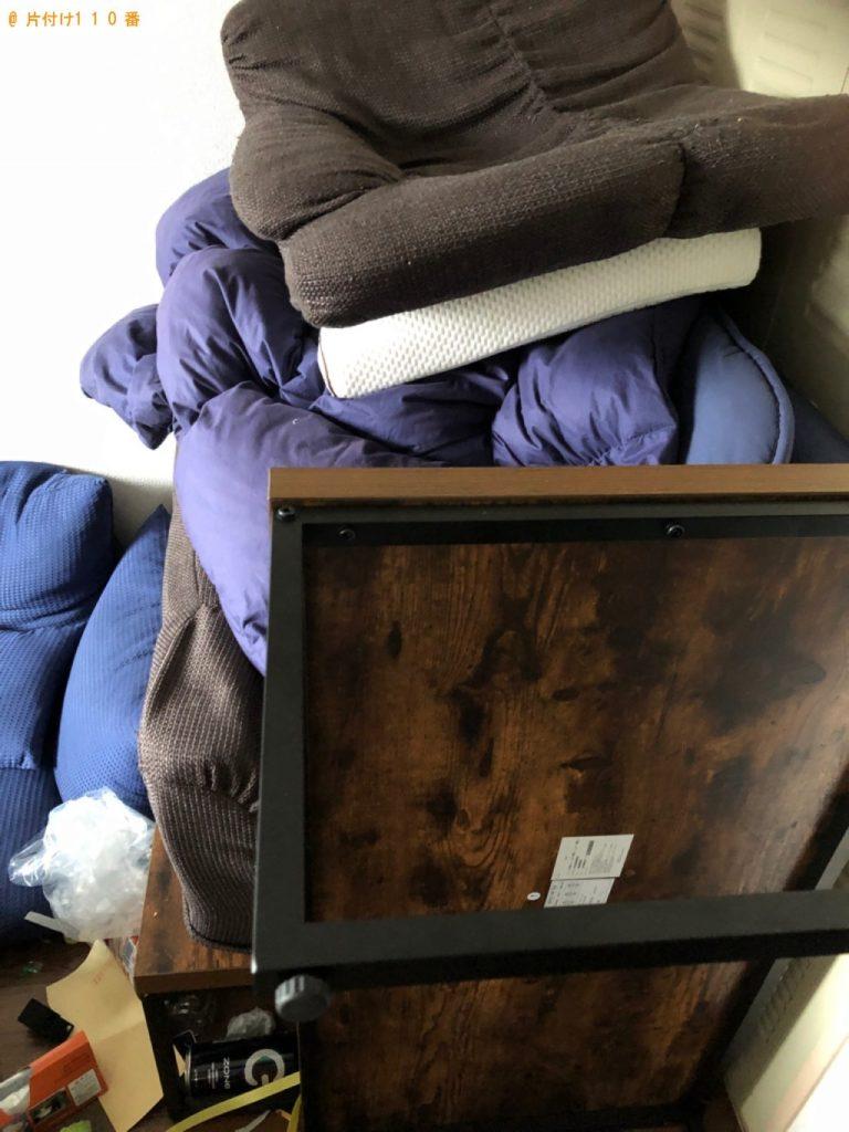 【多賀城市】遺品整理で二人掛けソファー、布団、テーブル等の回収・処分ご依頼